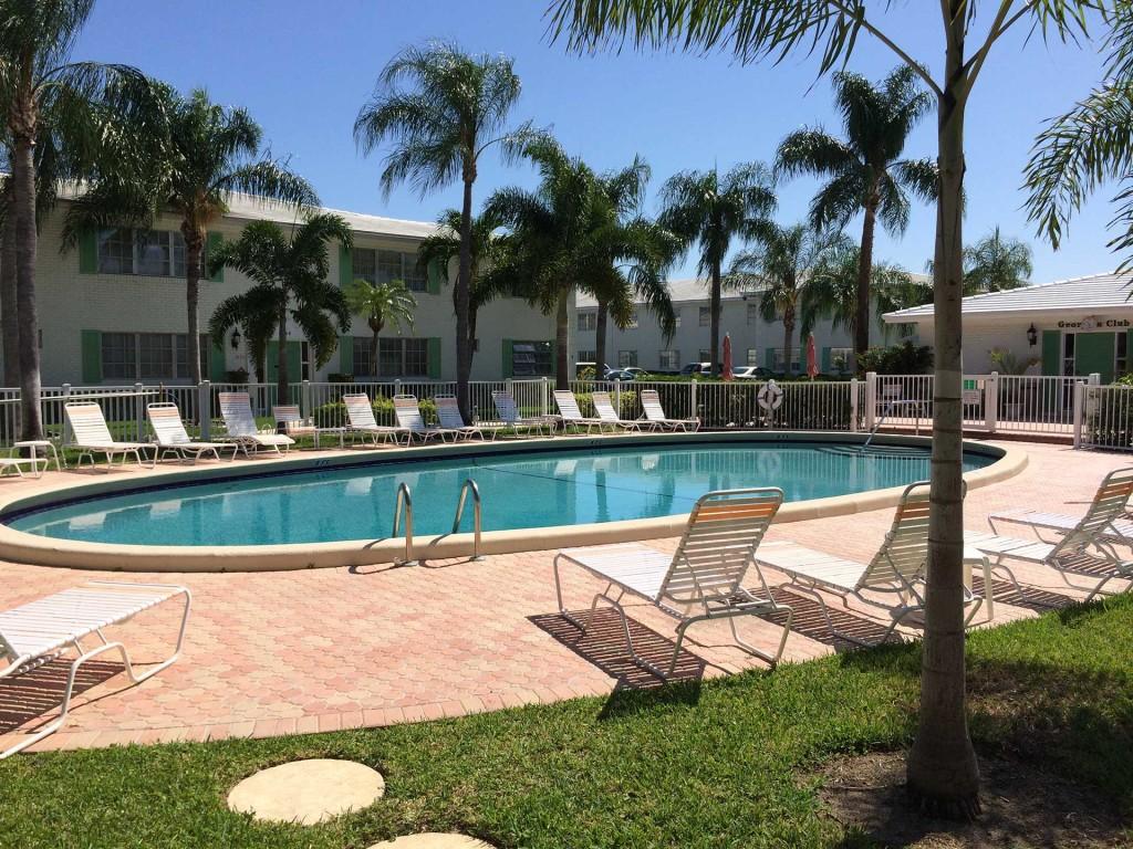 310-piscina